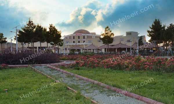 تصویر 1، هتل زنبق یزد