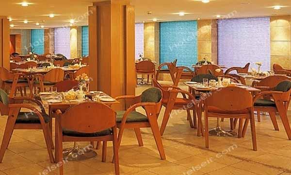 تصویر 3، رزرو هتل کوثر اصفهان