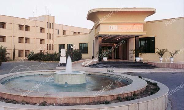 تصویر 1، هتل پارسیان بم