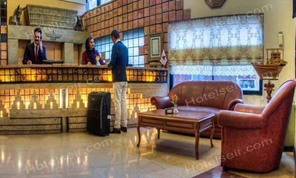 تصویر 3، رزرو هتل آریوبرزن شیراز