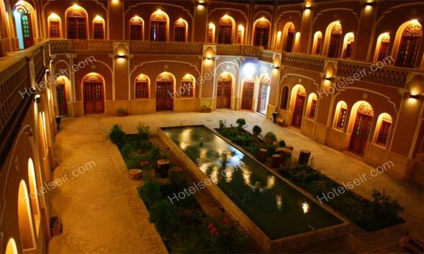 تصویر 1، هتل کاروانسرای مشیر یزد
