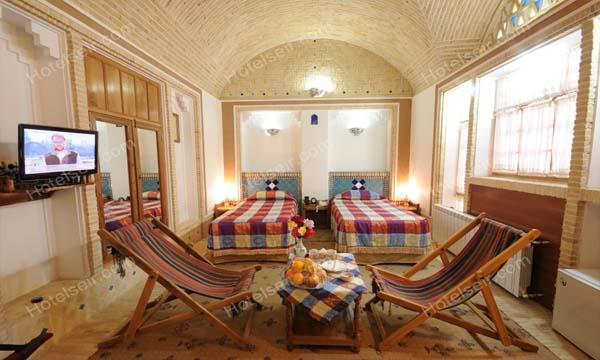 تصویر 3، رزرو هتل باغ مشیر الممالک یزد