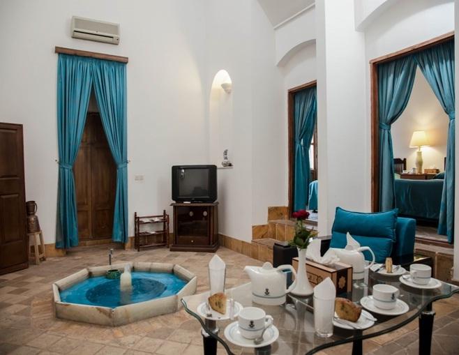 تصویر 6، رزور هتل لاله یزد