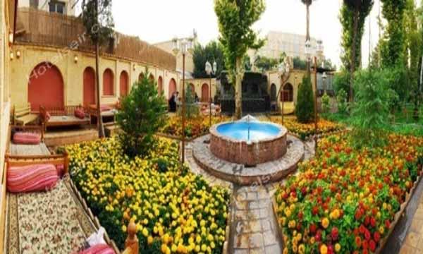 تصویر 3، رزرو هتل پارسیان سوئیت اصفهان