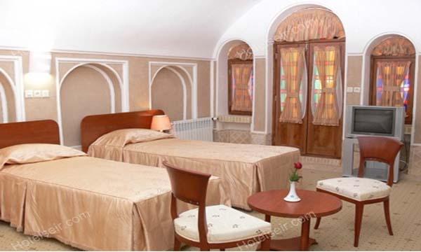 تصویر 6، رزور هتل کاروانسرای مشیر یزد