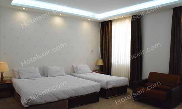 تصویر 6، رزور هتل زنبق یزد