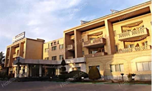 تصویر 1، هتل جهانگردی یزد