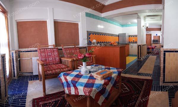 تصویر 6، رزور هتل باغ مشیر الممالک یزد